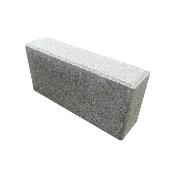 Дорожный бордюрный камень Б4